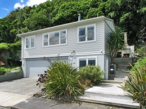 Property for sale 75 Moana Road