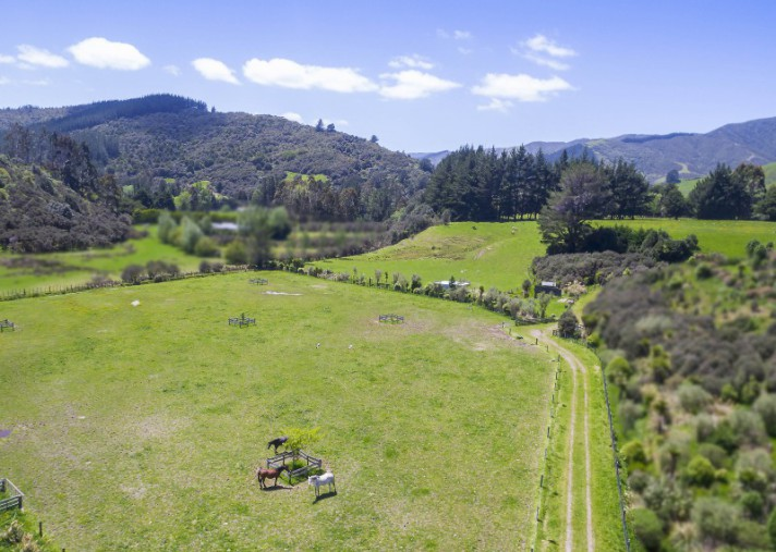 123D Johnsons Road, Whitemans Valley