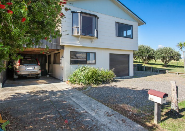 65 Fishermans Drive, Coastlands