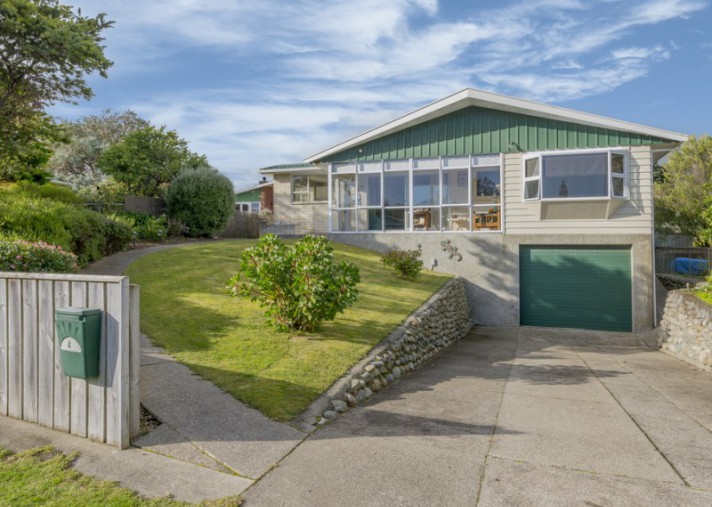 4 Smith Street , Paekakariki