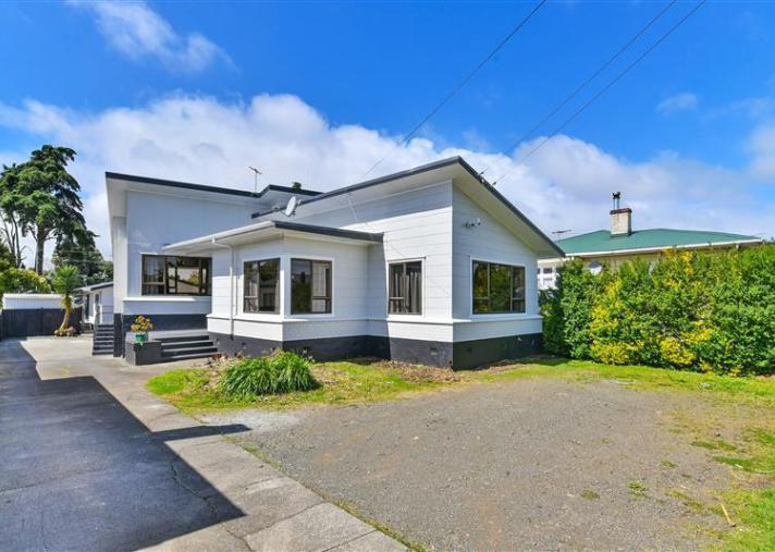 52 Rosella Road, Mangere East