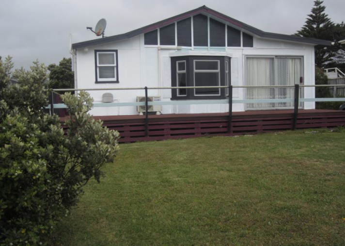 84 Park Avenue, Waitarere Beach