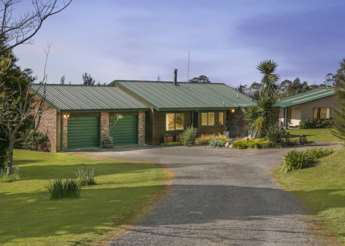87 Turntable Hill Road, Whakamarama