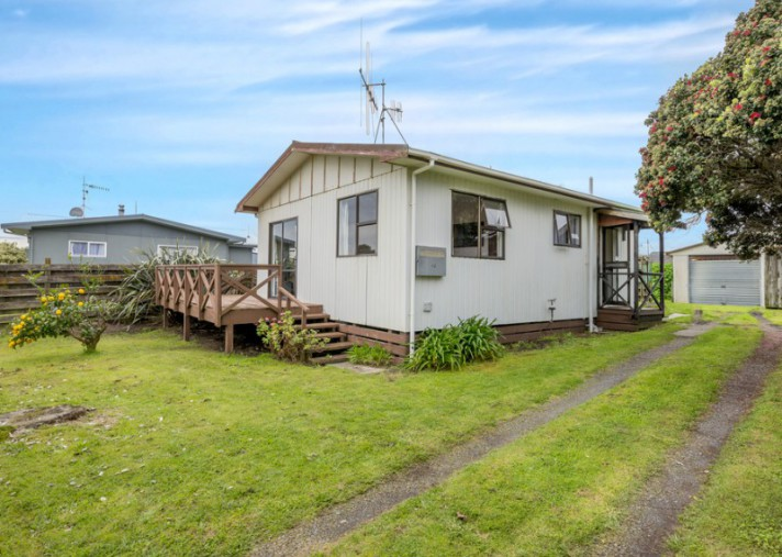 48 Norfolk Crescent, Otaki Beach