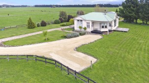56 Camp Road, Featherston