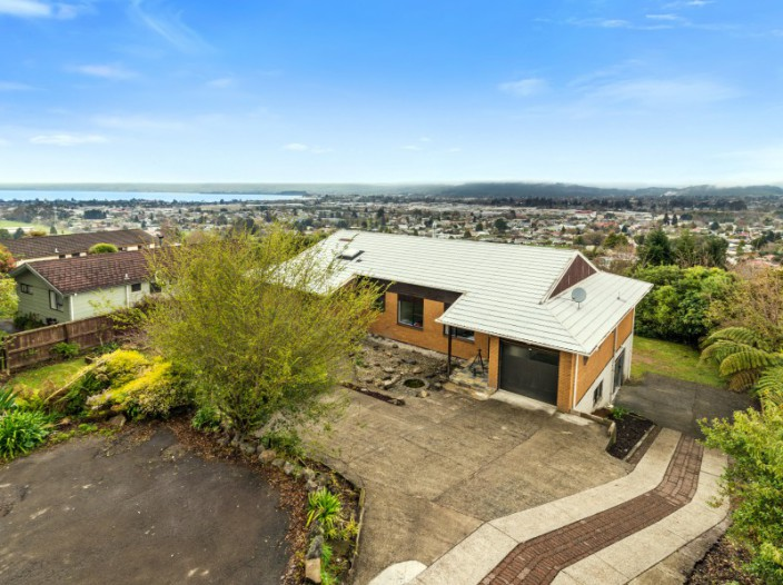 21a-russell-crescent-western-heights