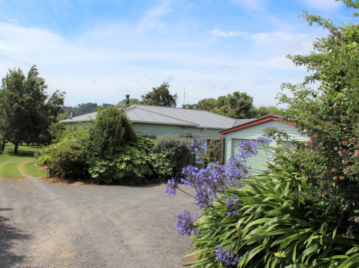 111-barry-road-waihi
