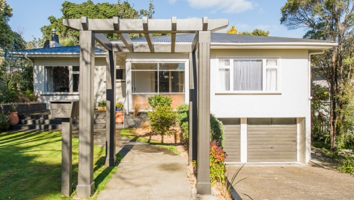 6A Brassey Road, St Johns Hill