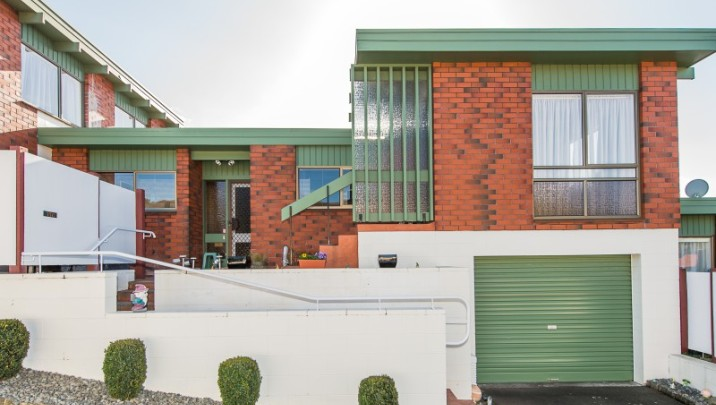 11C Campbell Street, Central