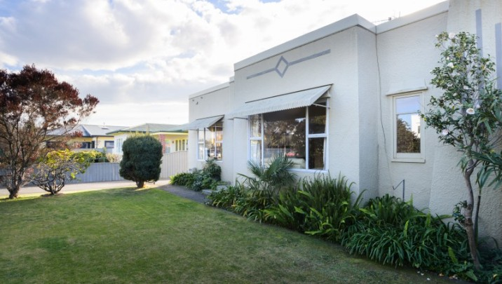 Unit 1, 143 Kennedy Road, Marewa