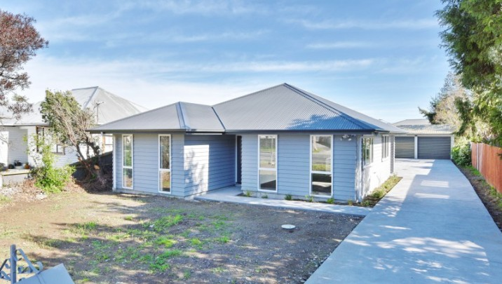 111 Pages Road, Wainoni