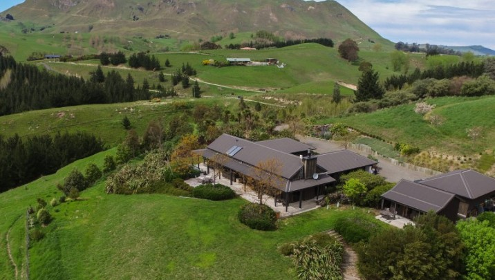 1042 Kahuranaki Road, Havelock North