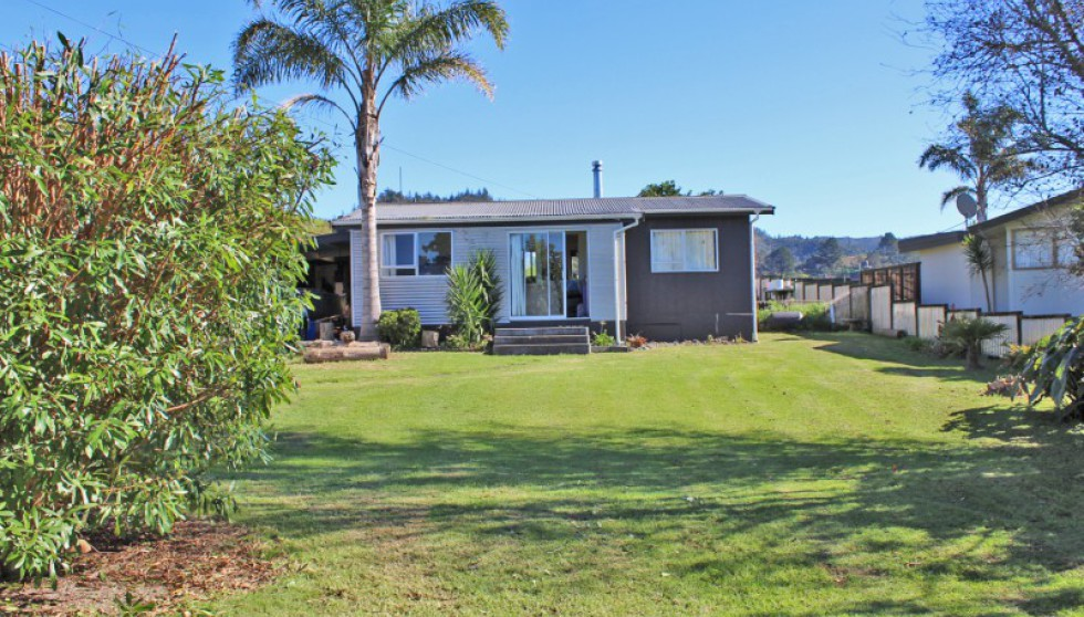 353 Main Road, Tairua