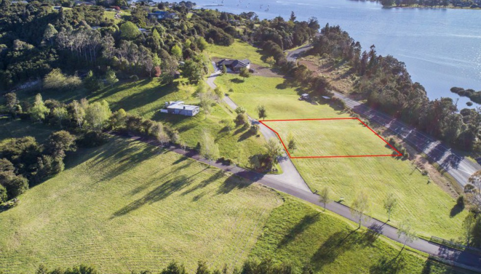 4 Alderman Lane, Tairua