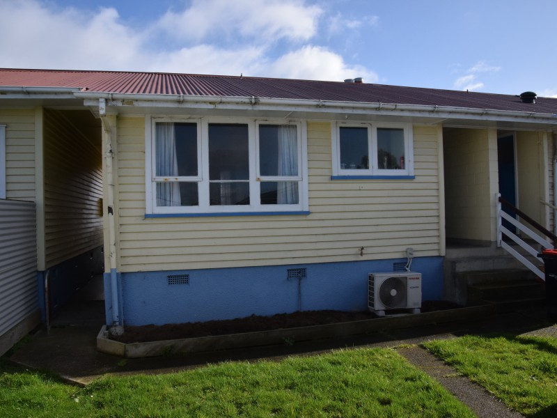 6A, 8, 8A Manapouri Street, Strathern