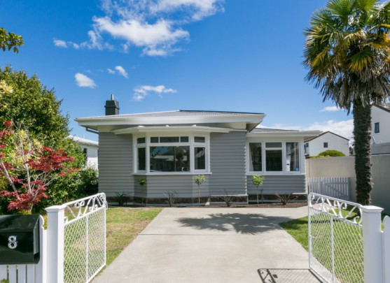 8 Nelson Crescent, Napier South